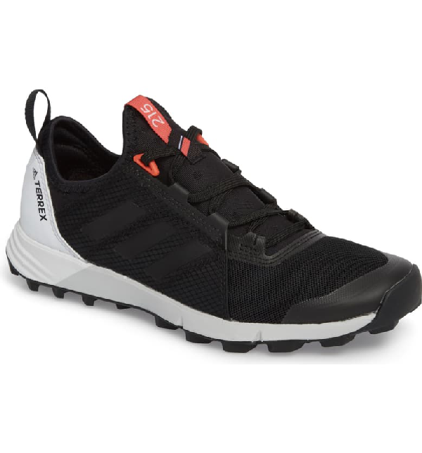 Adidas Originals Terrex Agravic Speed Running Shoe In Black/ White