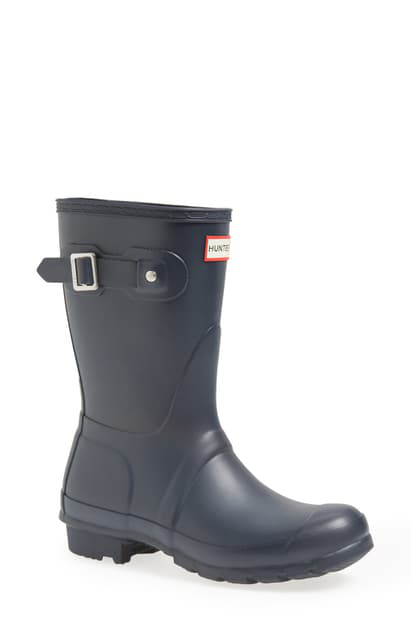 Hunter Original Short Waterproof Rain Boot In Navy Matte