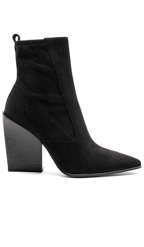 Kendall + Kylie Fallyn Pointed Toe Bootie In Black