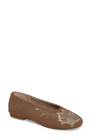 Seychelles Campfire Embroidered Flat In Taupe Leather