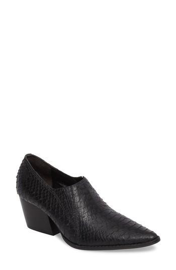 Matisse Madeline Block Heel Bootie In Black Leather