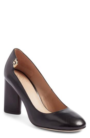 Tory Burch Elizabeth Round Toe Pump In Black Leather