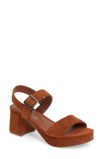Matisse Charger Platform Sandal In Saddle Suede