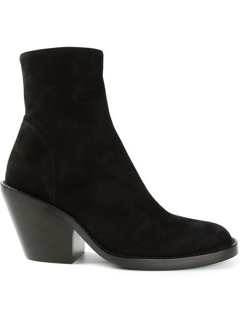 Ann Demeulemeester Basic Suede Block Heel Booties In Black