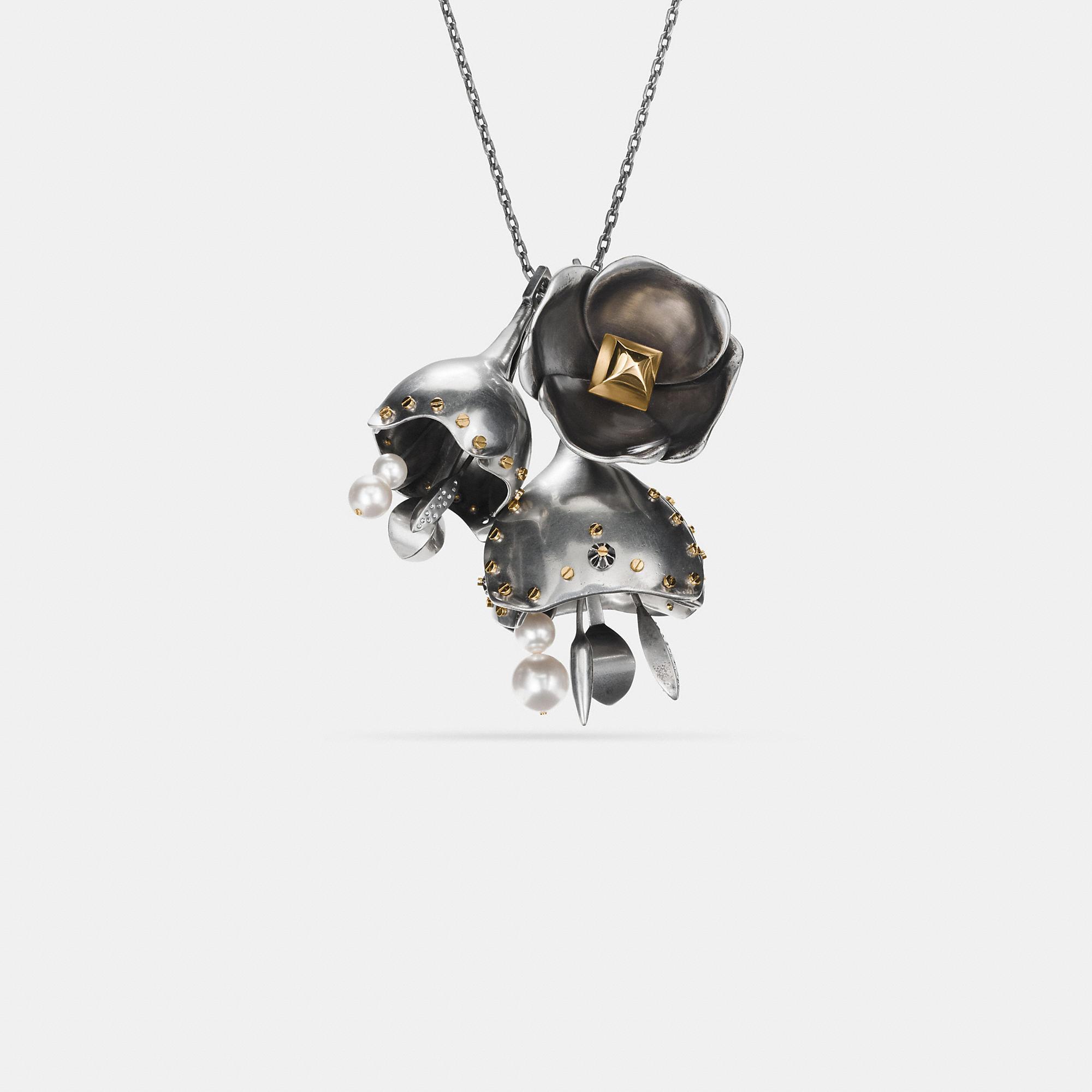 """Coach Grobe Halskette Im Tea Rose""""-design Mit Nieten In Silver/gold"""