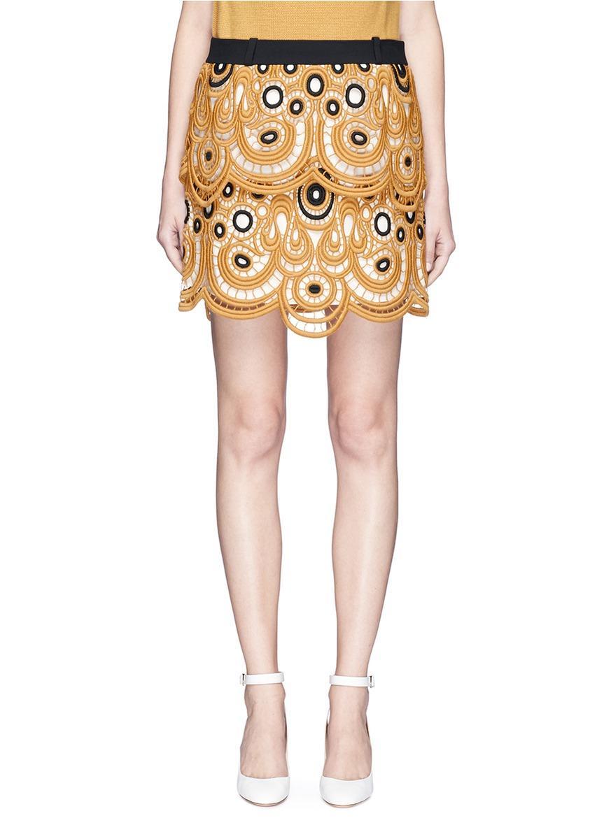 ChloÉ Tiered Scalloped Swirl Guipure Lace Mini Skirt
