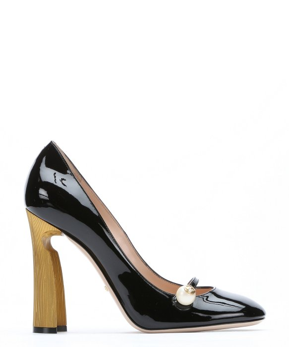 1cfd4d4ac39 Gucci Black Patent Leather Pearl Detail Mary-Jane Pumps
