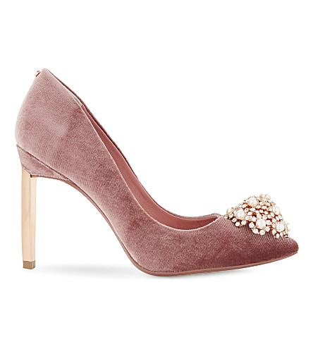 b4d8893de5158b Ted Baker Peetch Embellished Brooch Courts In Dusky Pink