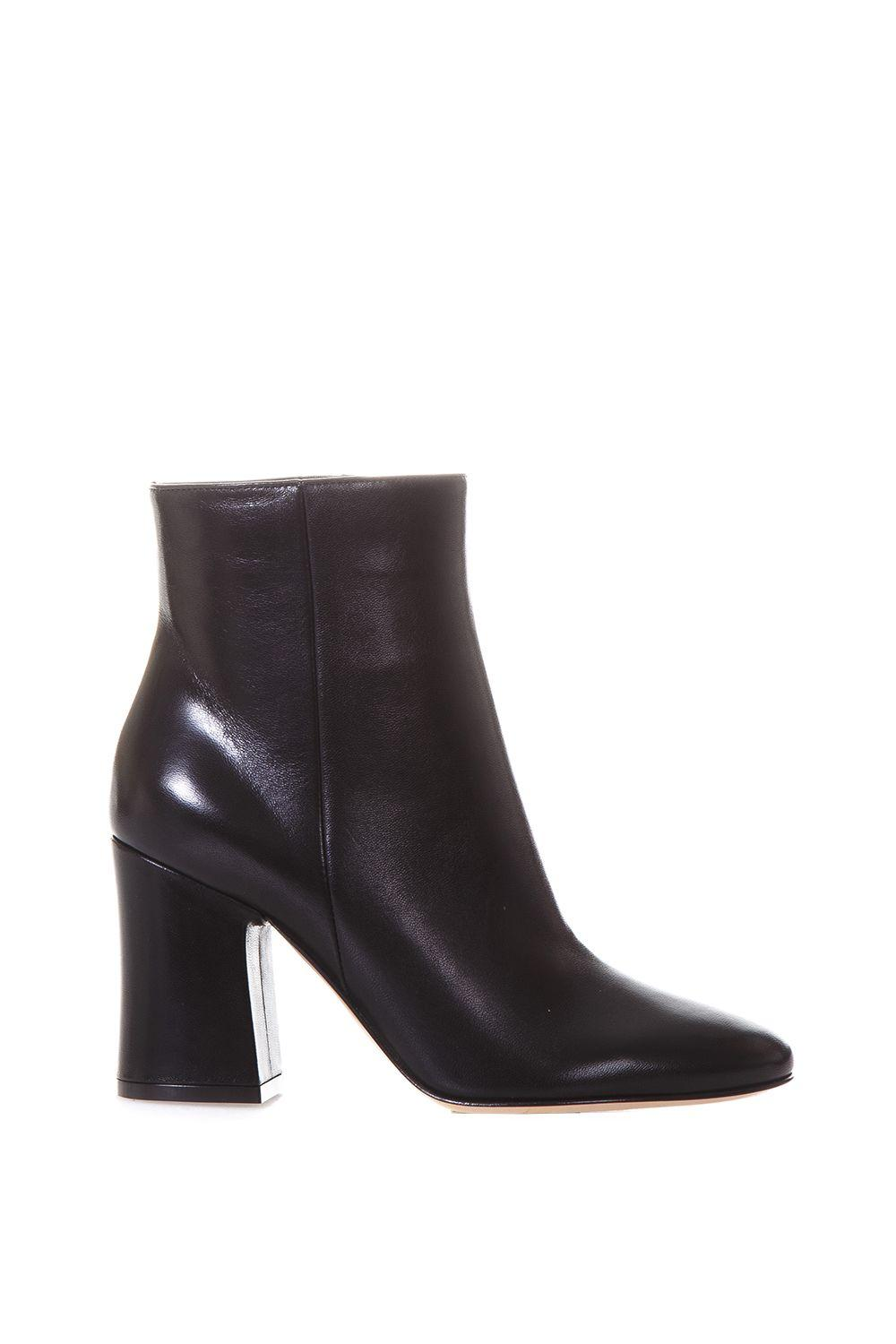 Gianvito Rossi Daryl Leather Boots In Black