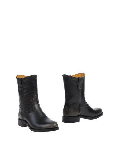 Frye Ankle Boot In Steel Grey