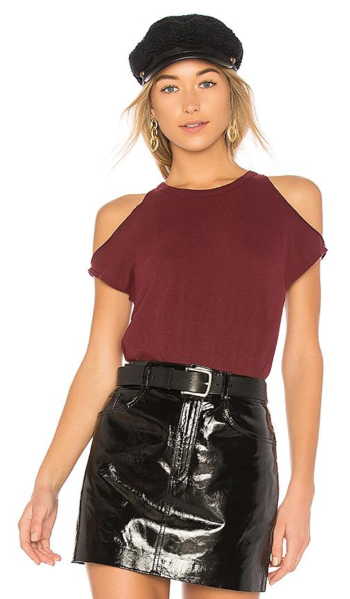 Pam & Gela Cold Shoulder Tee In Wine