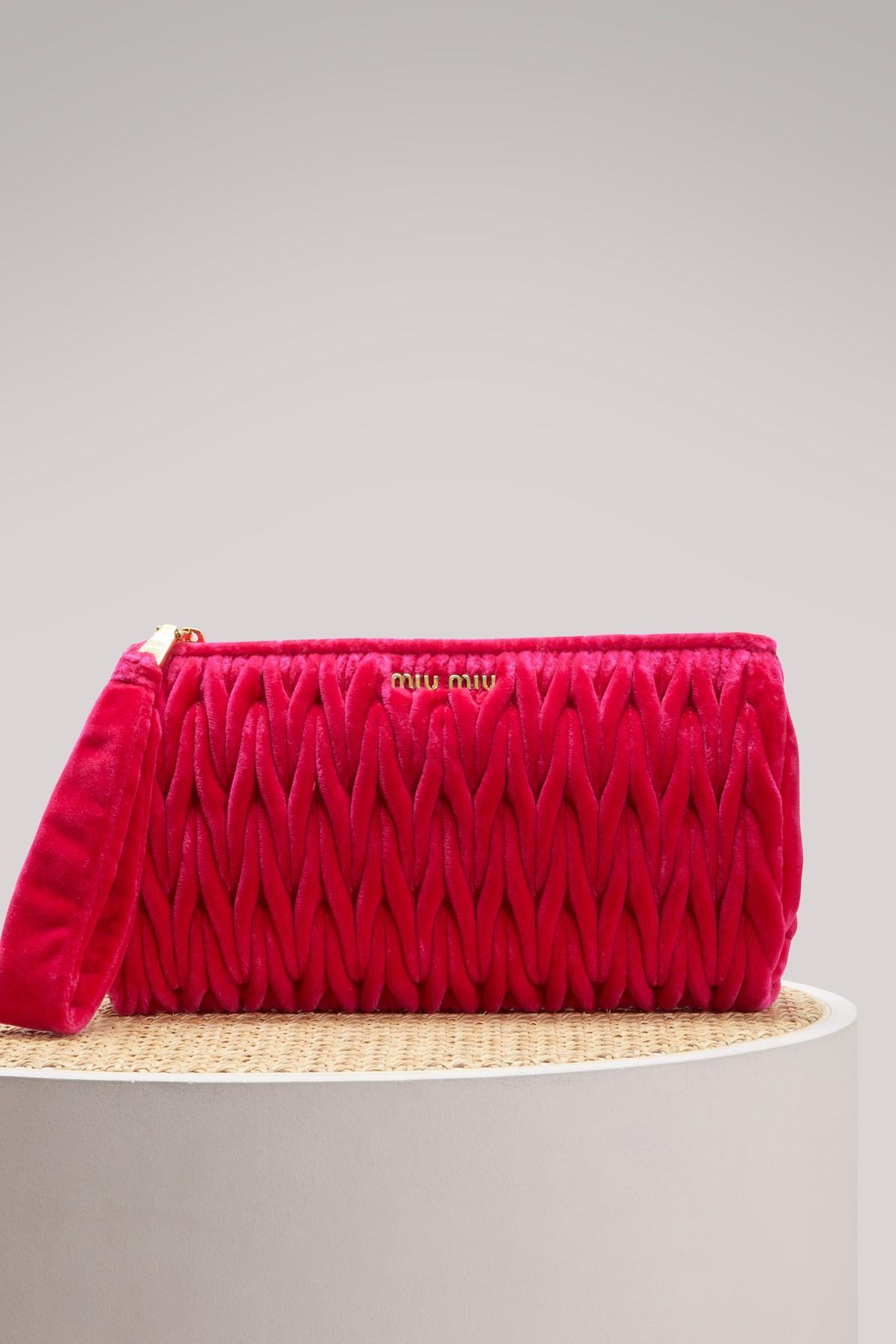 2f3edbf4b2c7 Miu Miu MatelassÉ Leather Clutch In Pink