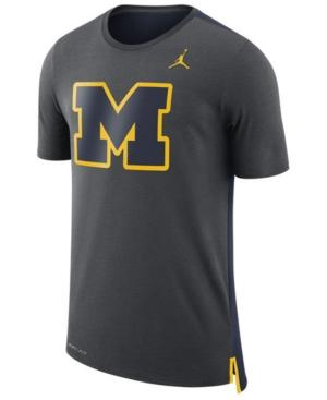 Nike Men's Michigan Wolverines Meshback Travel T-Shirt In Anthracite