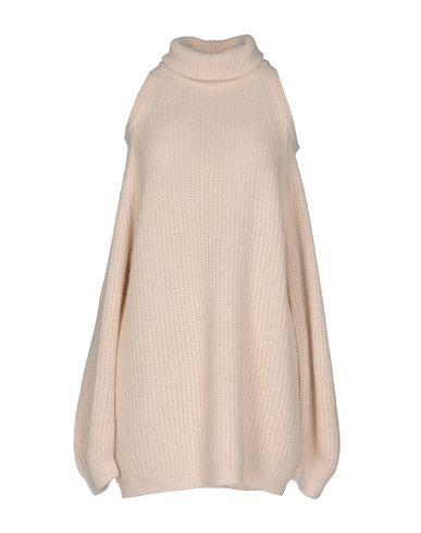 Nude Turtleneck In Ivory