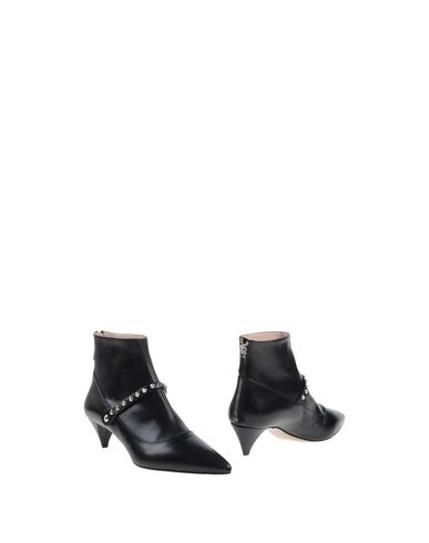 Miu Miu Ankle Boot In Black