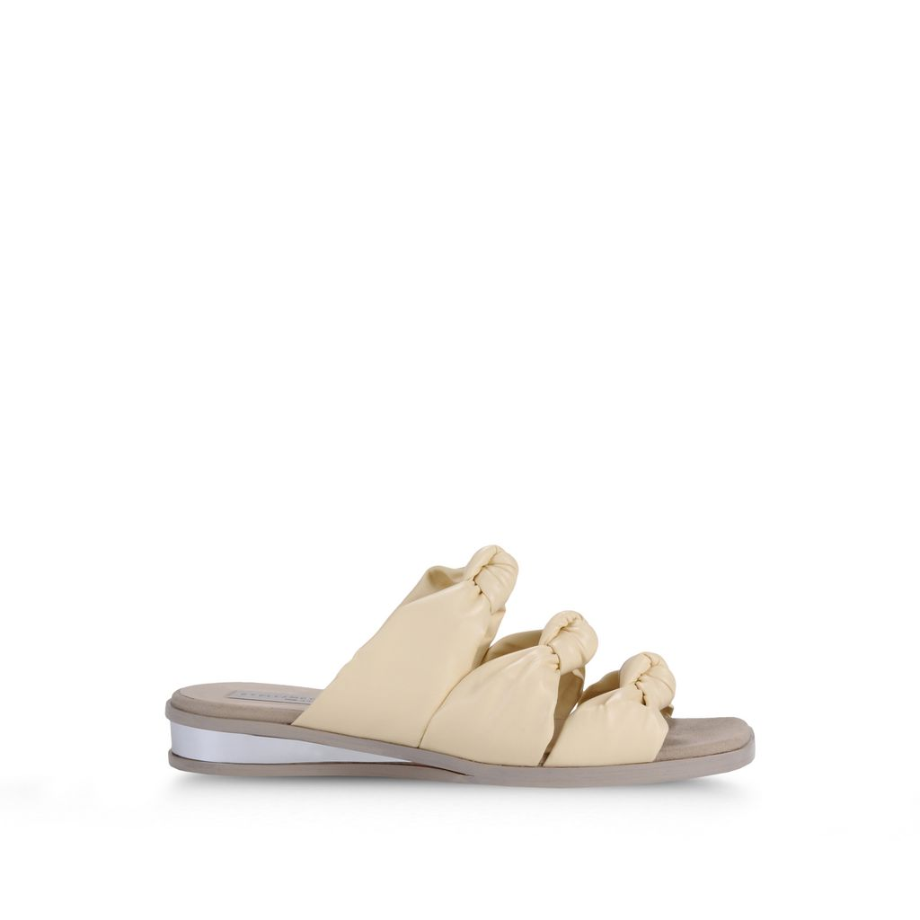 Stella Mccartney Yellow Knotted Flat Sandals In Lamb And Owl