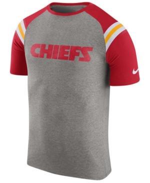 Nike Men's Kansas City Chiefs Enzyme Shoulder Stripe T-Shirt In Heather Gray