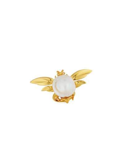 Oscar De La Renta Critters Fly Pearl Ring In Gold