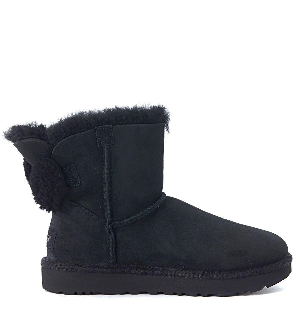 6cc2c897171 Ugg Arielle Black Leather Boots With Wool Bow in Nero