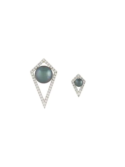 Elise Dray Small And Large Diamond Moon Earrings In Grey