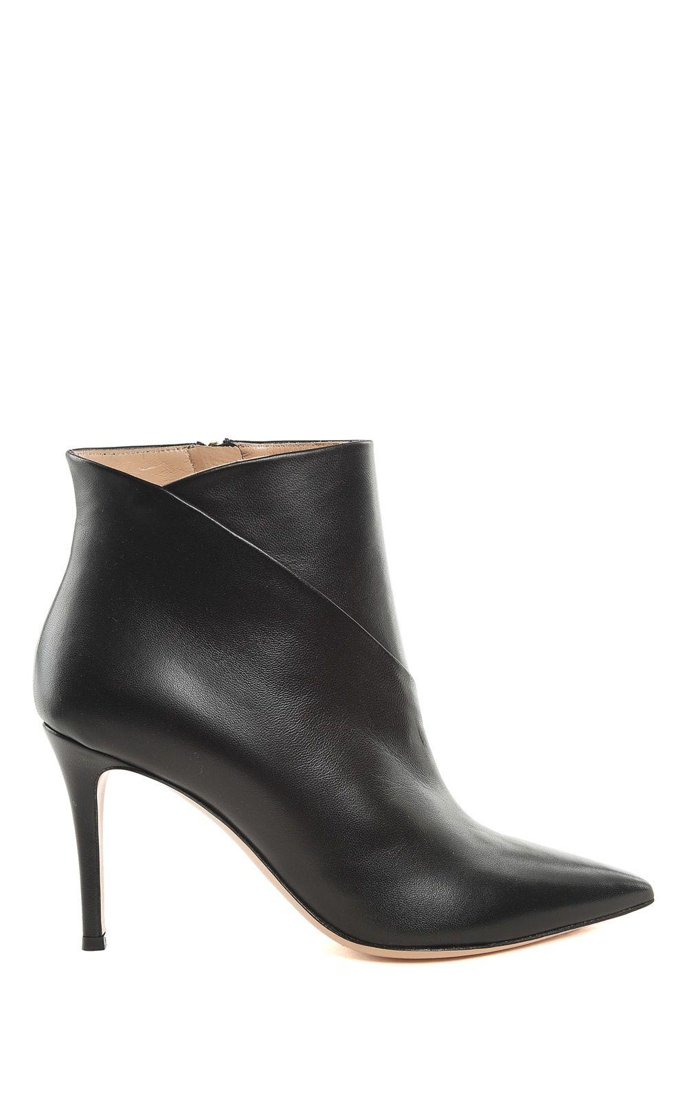 Lerre Leather Pointed Booties In Nero