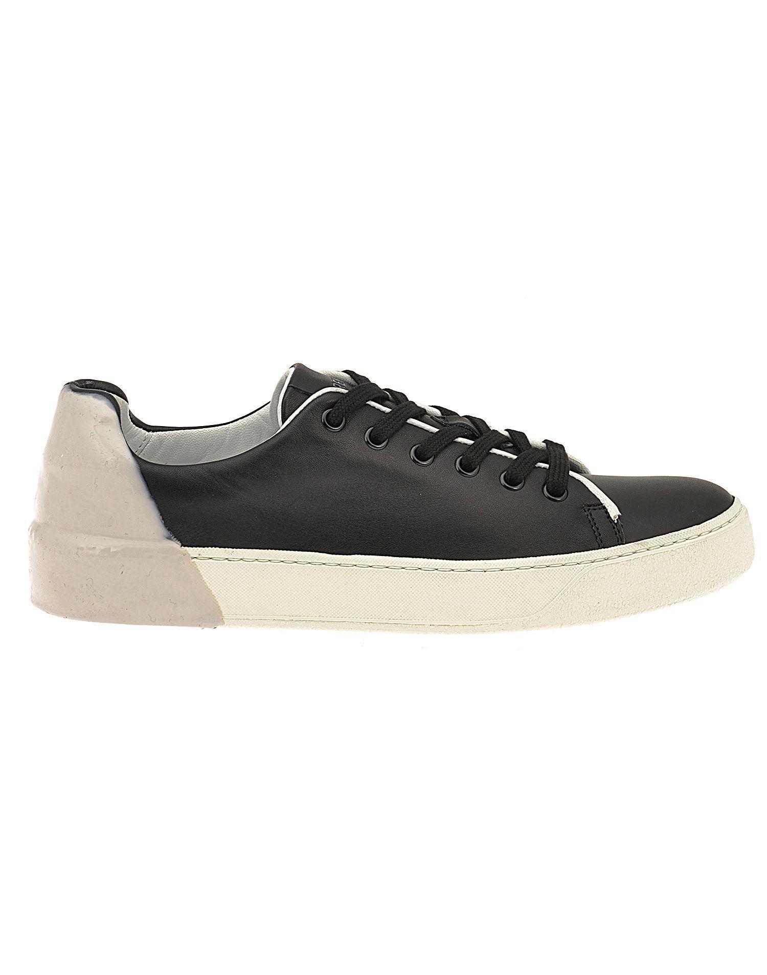 Premiata Polo Sneaker In Black