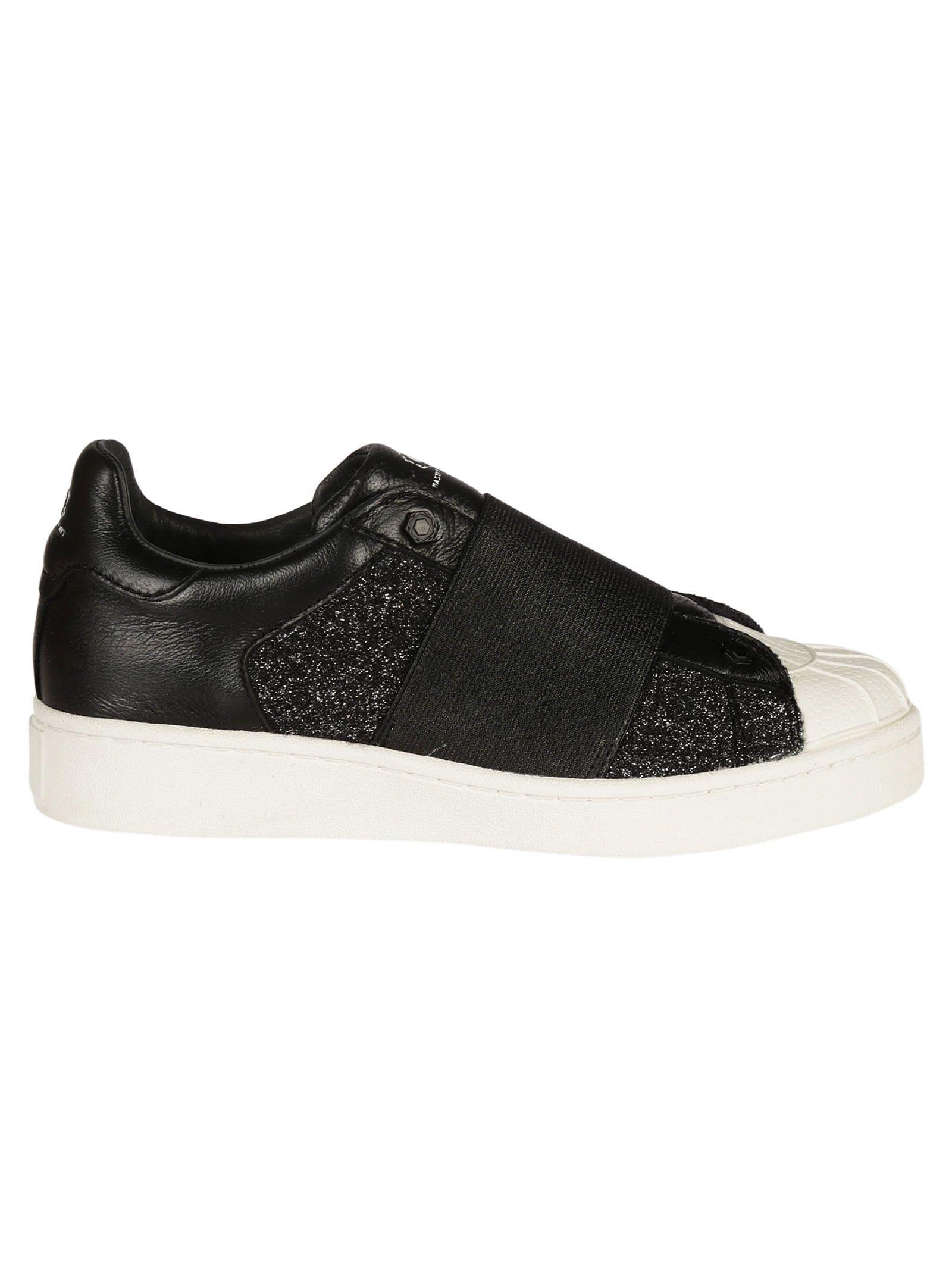 M.o.a. Black Elastic Band Slip-on Sneakers