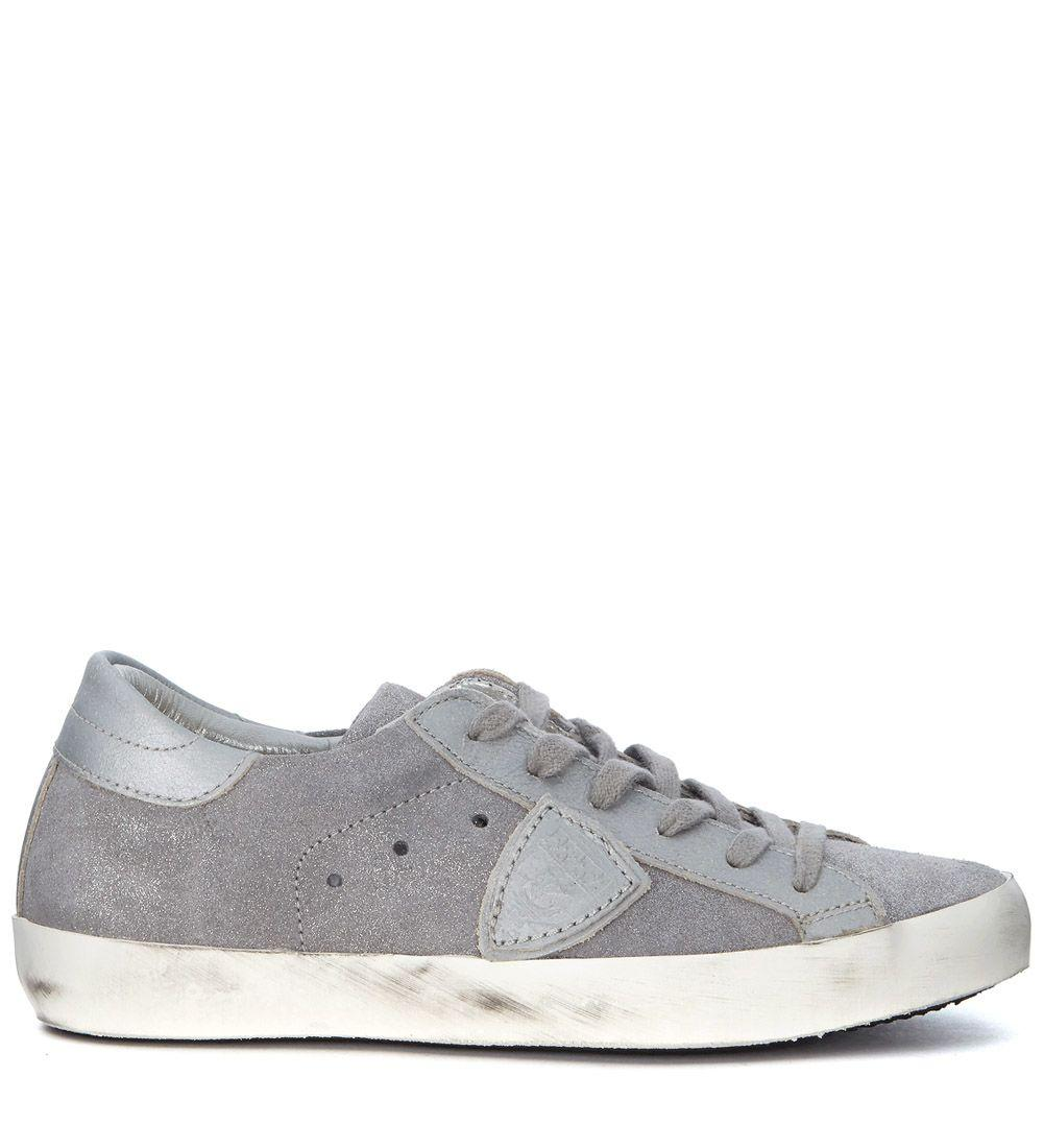Philippe Model Sneakers  Paris In Silver Laminated Suede In Grigio