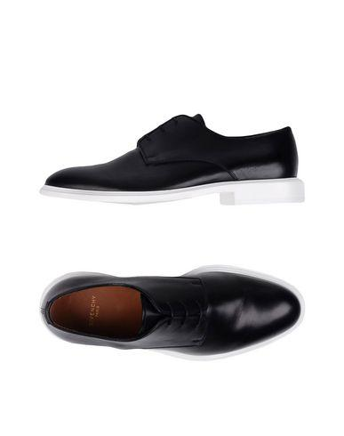 Givenchy Laced Shoes In Black