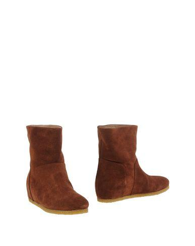 Roberto Del Carlo Ankle Boots In Brown