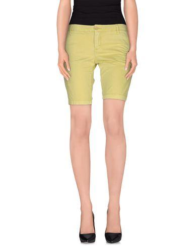 Blauer Shorts & Bermuda In Acid Green