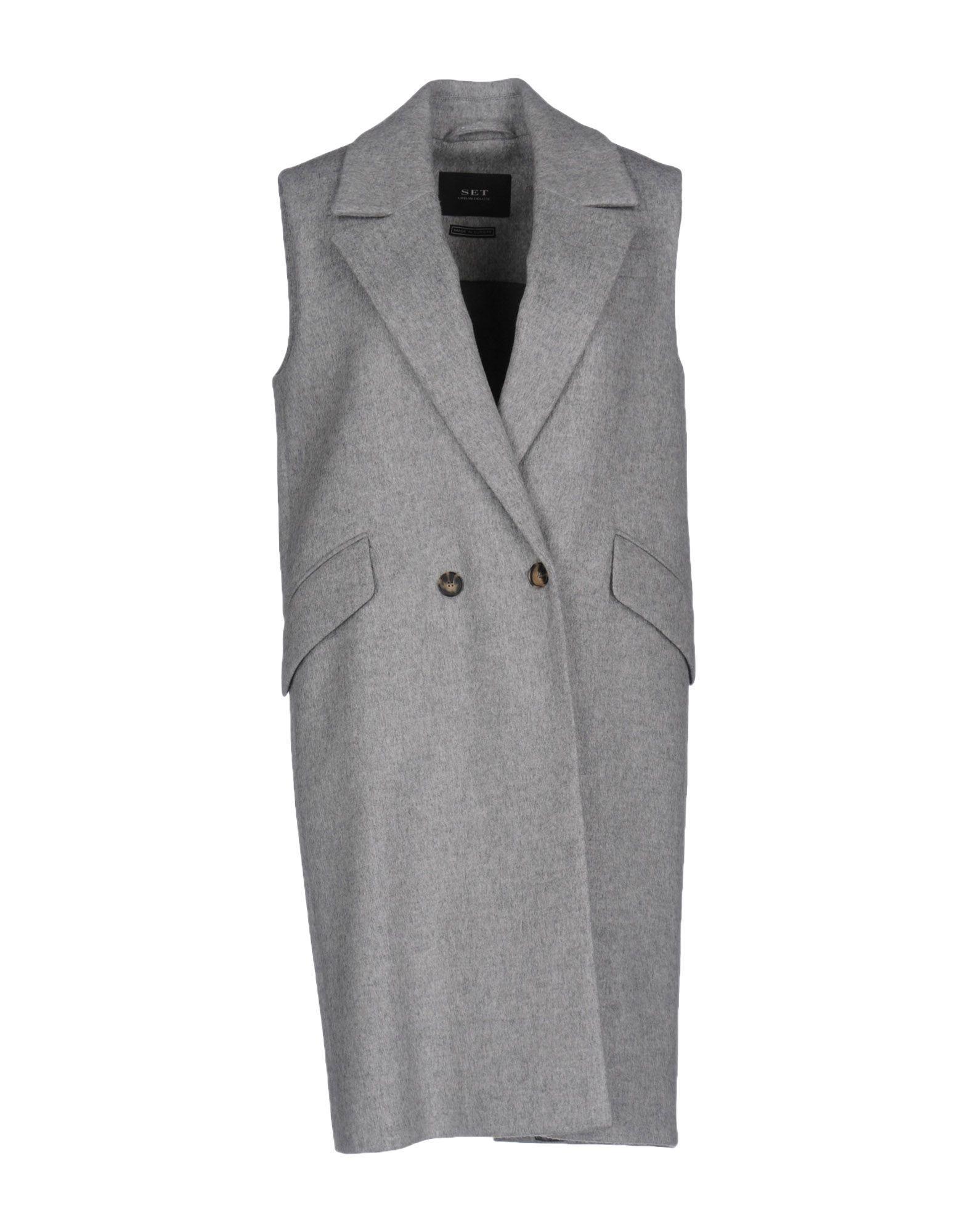 Set Coats In Light Grey