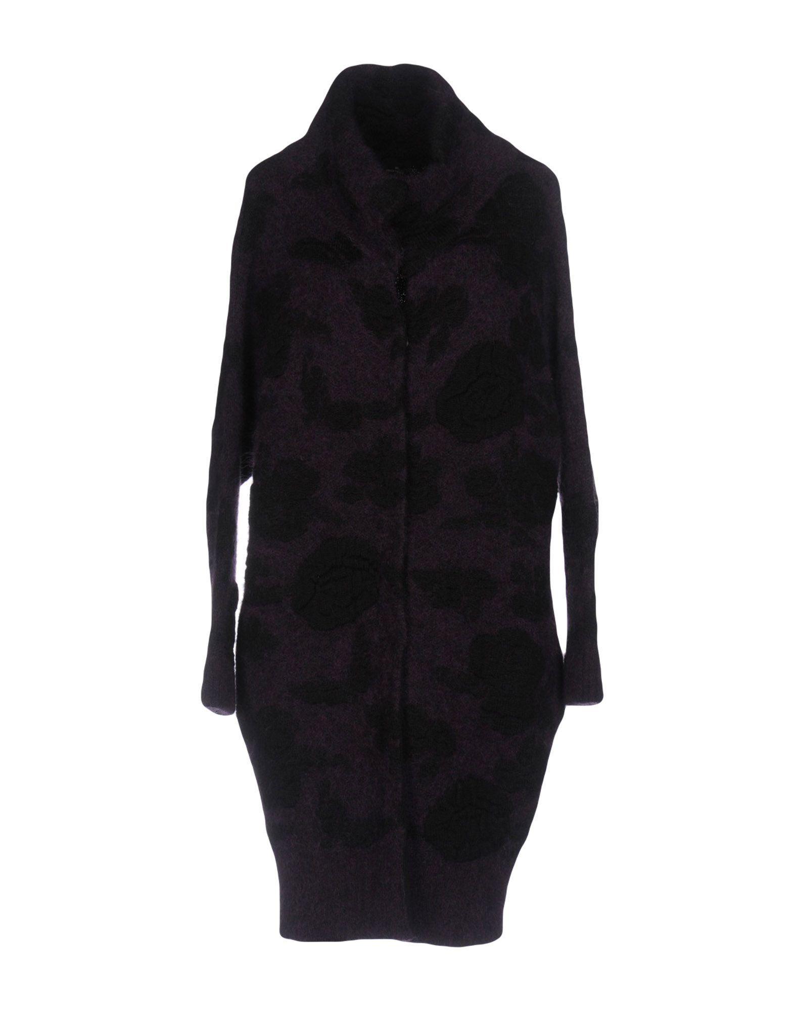 Gotha Coats In Purple