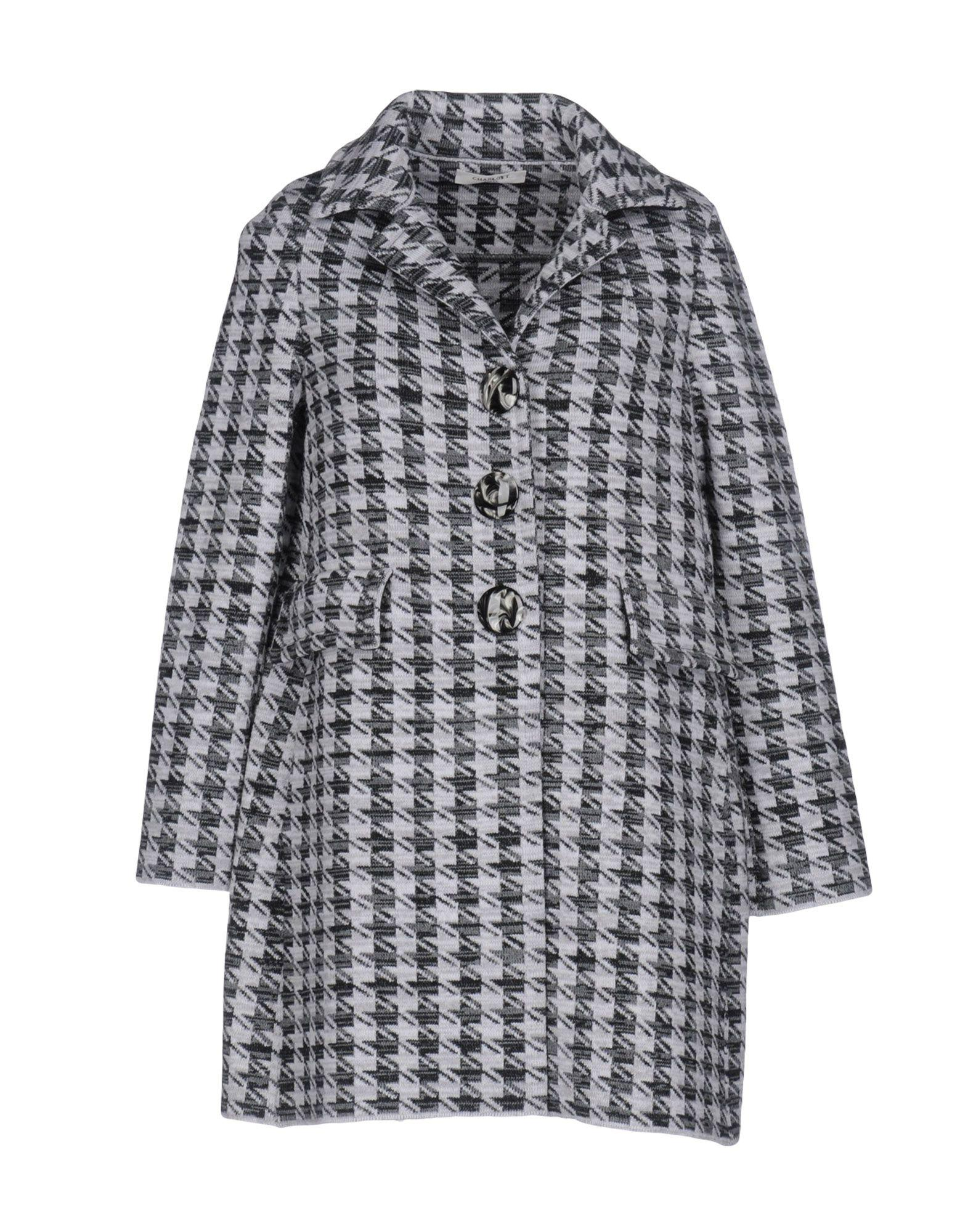 Charlott Coats In Light Grey