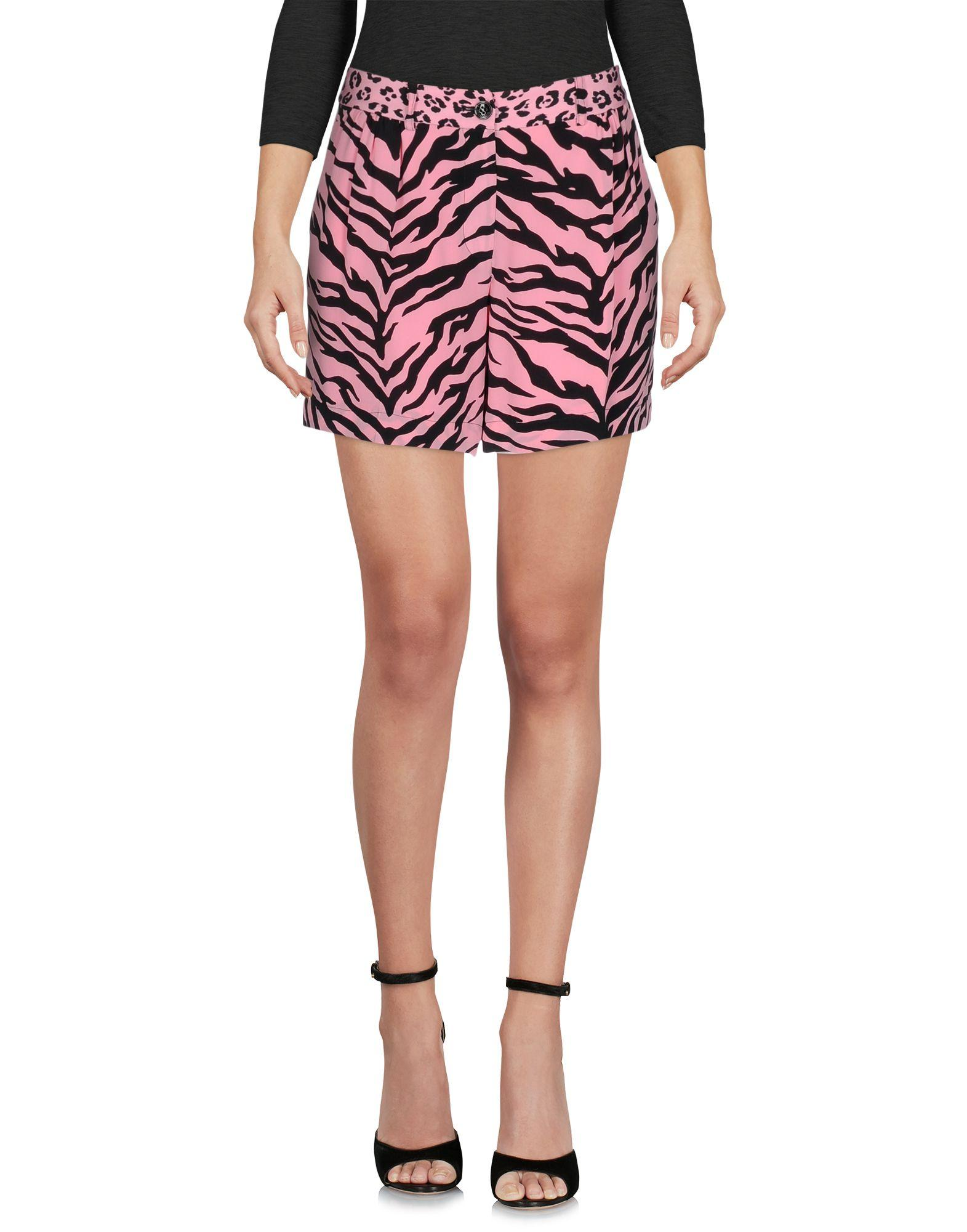 Moschino Cheap And Chic Shorts & Bermuda In Pink