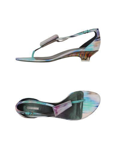 Giorgio Armani Toe Strap Sandals In Purple