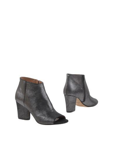 Maison Margiela Leather Peep-Toe Ankle Boots - Black