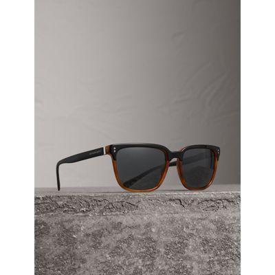 00623cf6e317f Burberry Sonnenbrille Mit Eckigem Gestell In Light Brown