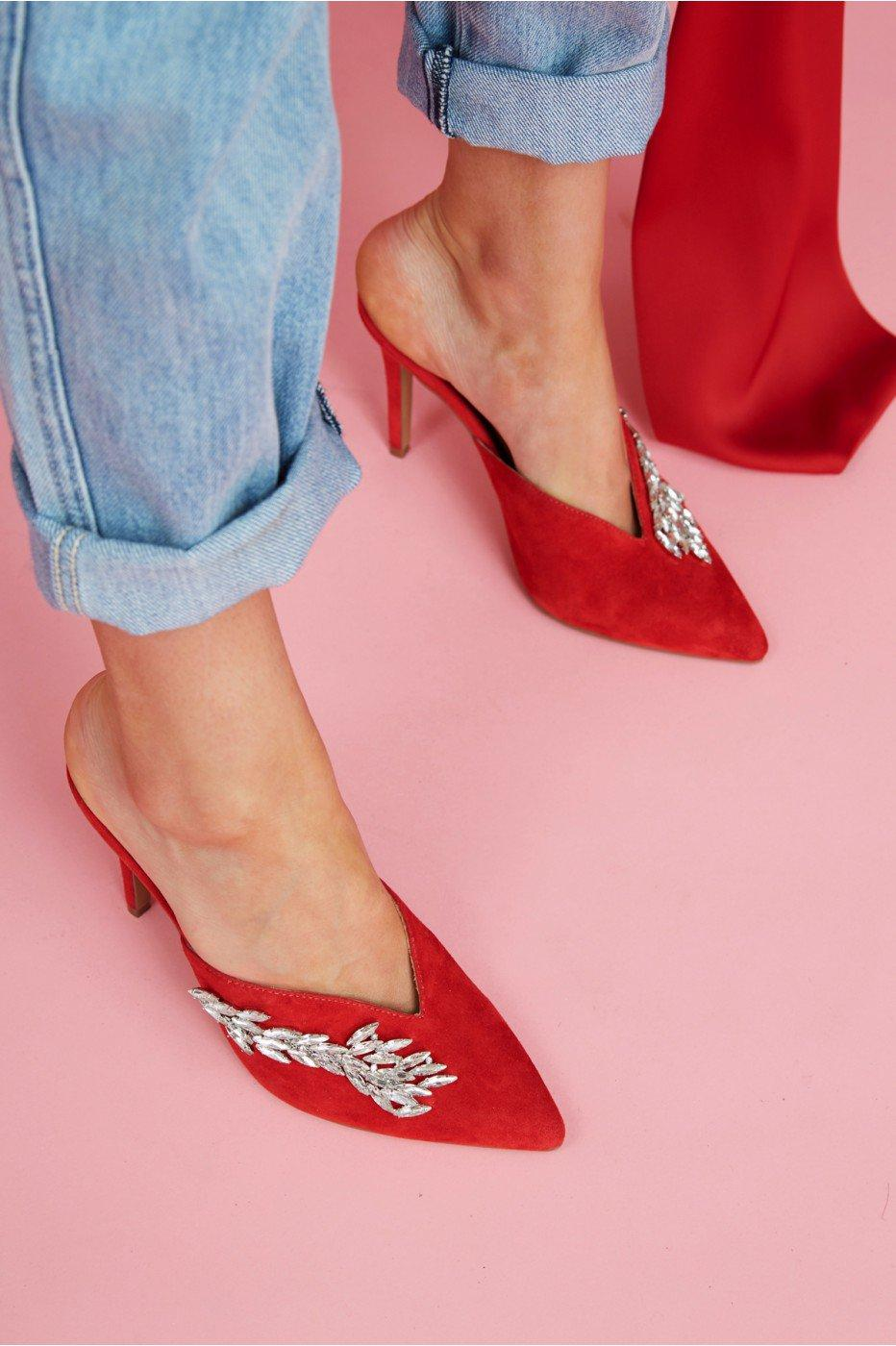 Jaggar Myth Jewelled Heel In Red