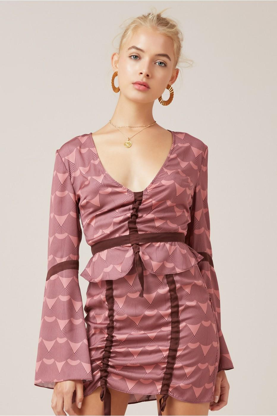 Finders Keepers Direction Top In Plum Fan