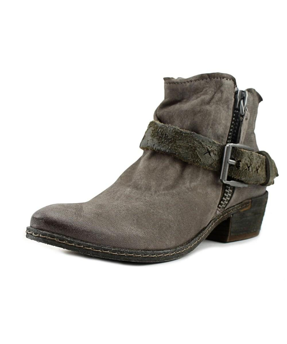 Dolce Vita Nevada Women  Round Toe Leather Gray Ankle Boot In Grey