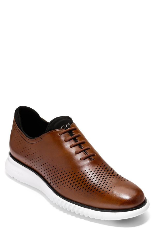 Cole Haan 2.zerogrand Wingtip In Chestnut Leather / White