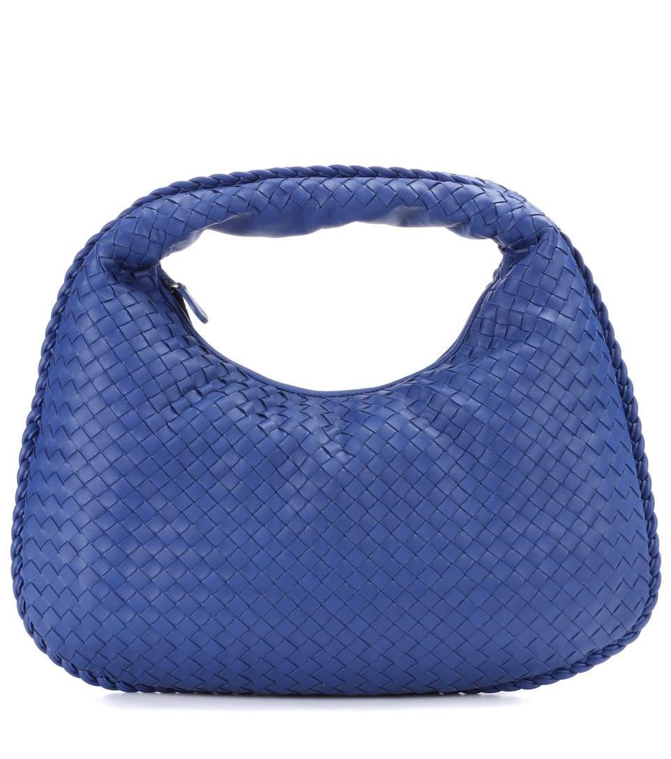 e57dad86fbd2 Bottega Veneta Veneta Medium Leather Shoulder Bag In Blue