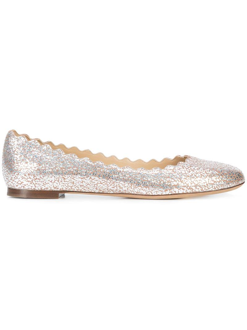 13b00a588db CHLOÉ. Lauren Scalloped Metallic Cracked-Leather Ballet Flats in Pink Gold