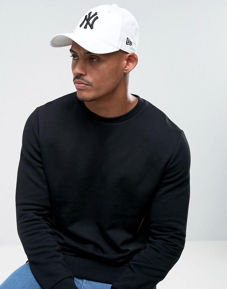 New Era 9Forty Ny Adjustable Cap In White - White