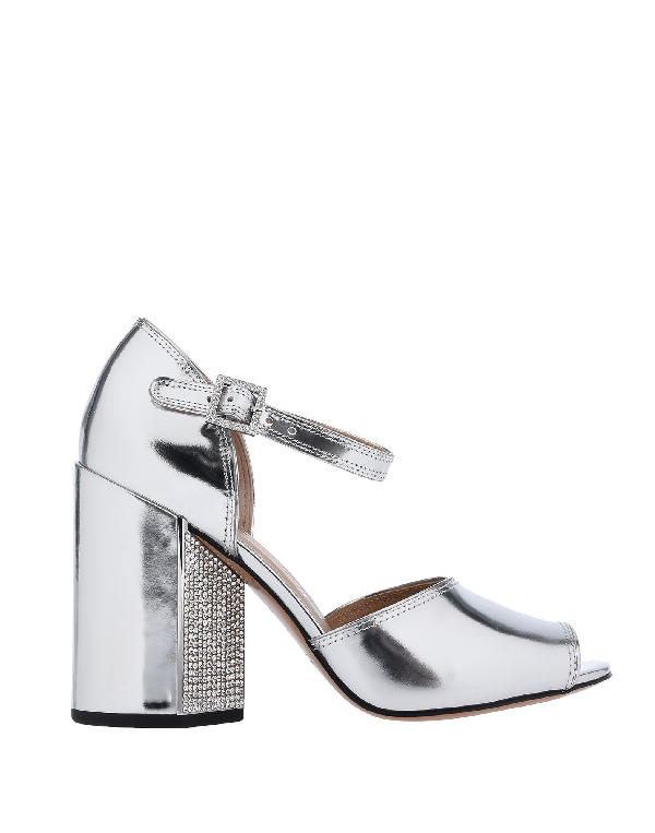 Marc Jacobs Kasia Crystal-Embellished Metallic Leather Sandals In Silver