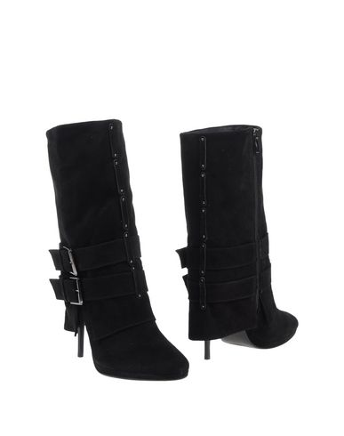 Balmain Ankle Boot In Black