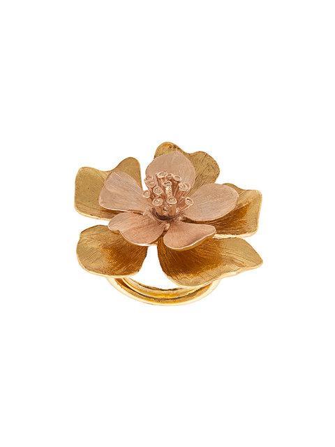 Oscar De La Renta Bold Flower Ring