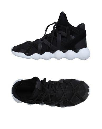 Y-3 Strappy Scalloped Sole Sneakers In Core Black/Core Black/White