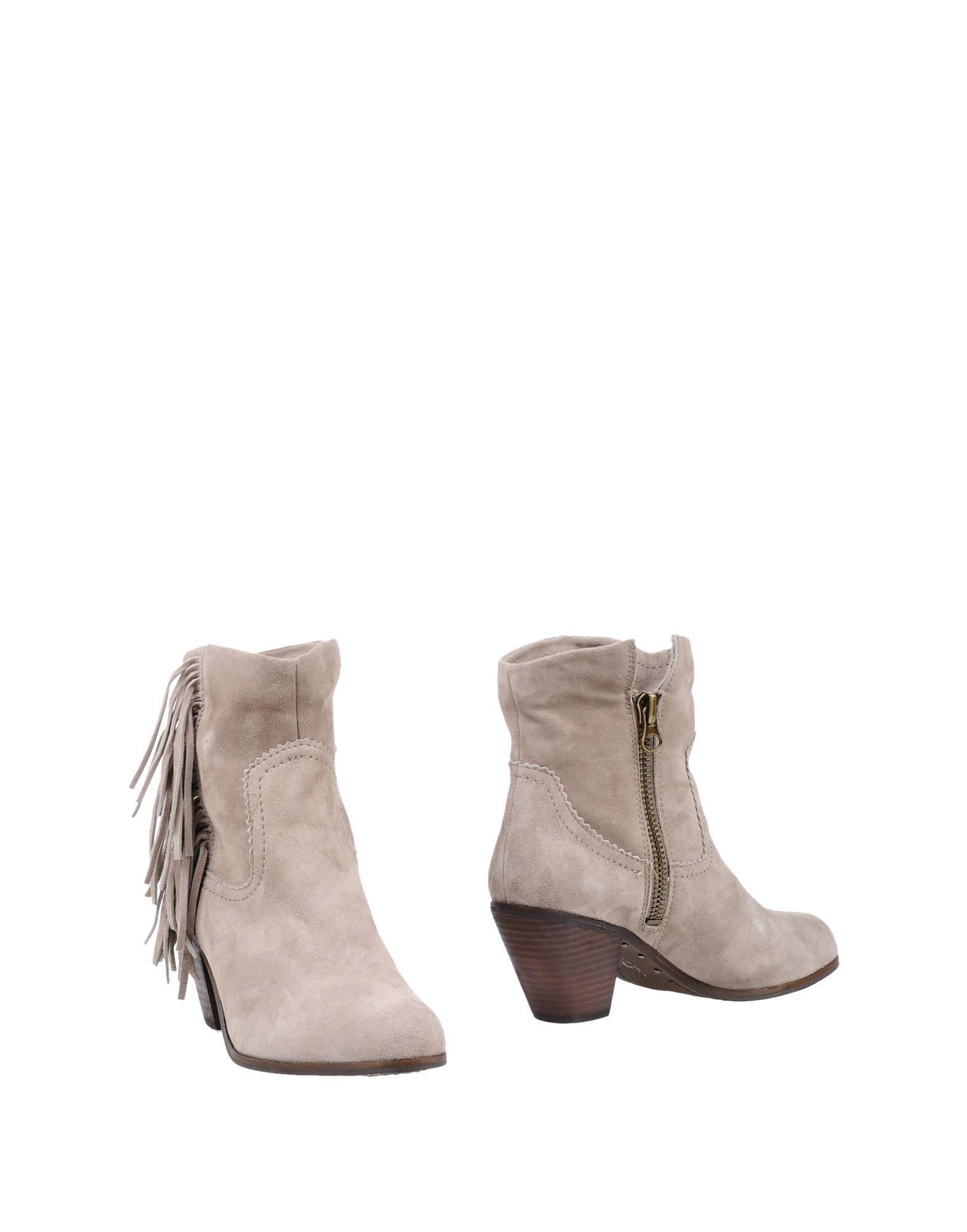 Sam Edelman Ankle Boots In Dove Grey